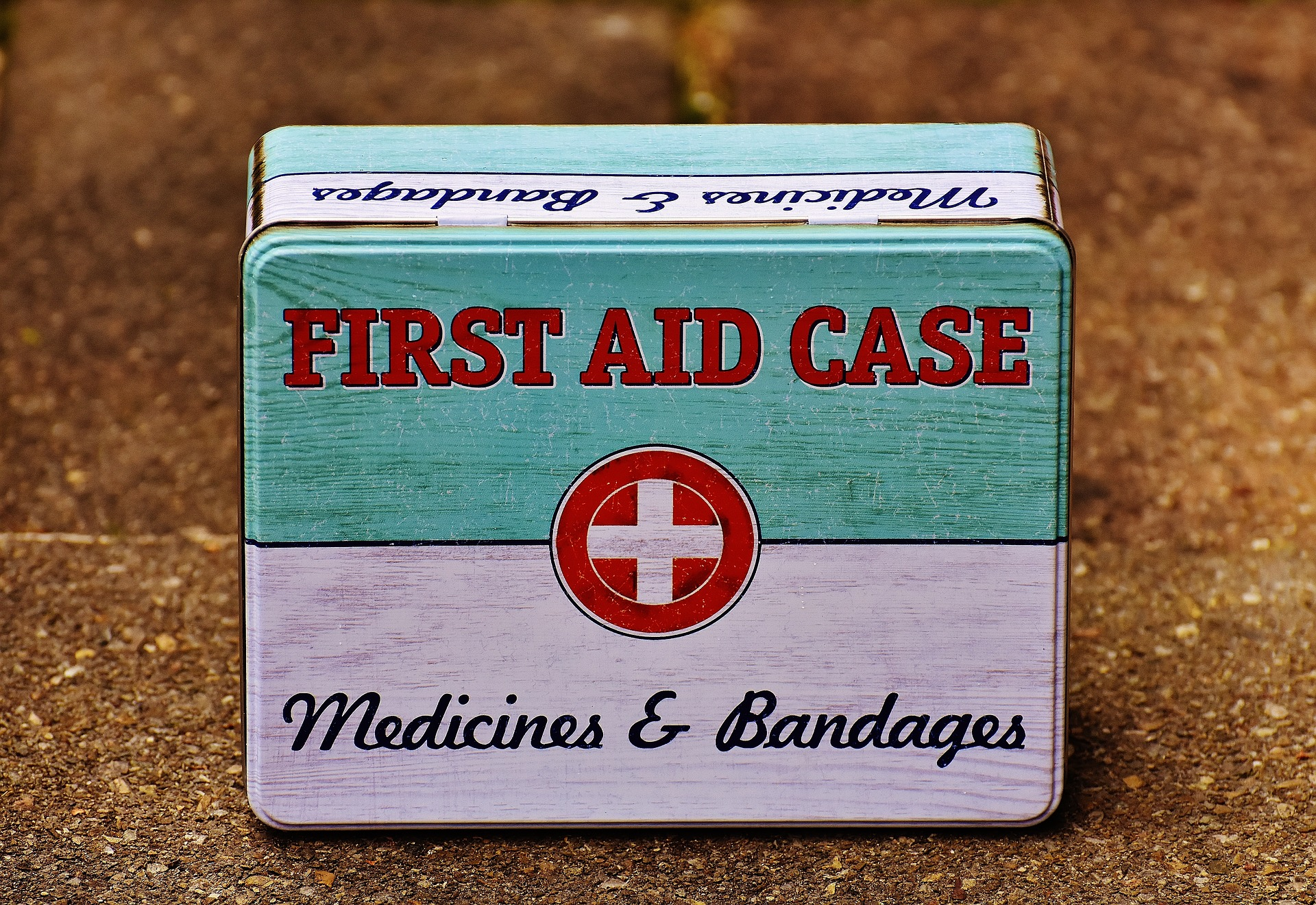 Retro First Aid Box