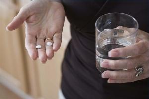 Photo of Підвищена кислотність шлунка: лікування ліками і травами — що вибрати?