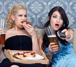 Photo of Реклама їжі підвищує апетит у людей із зайвою вагою