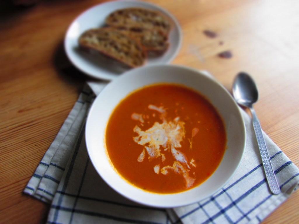 Tomātu kokospiena zupa