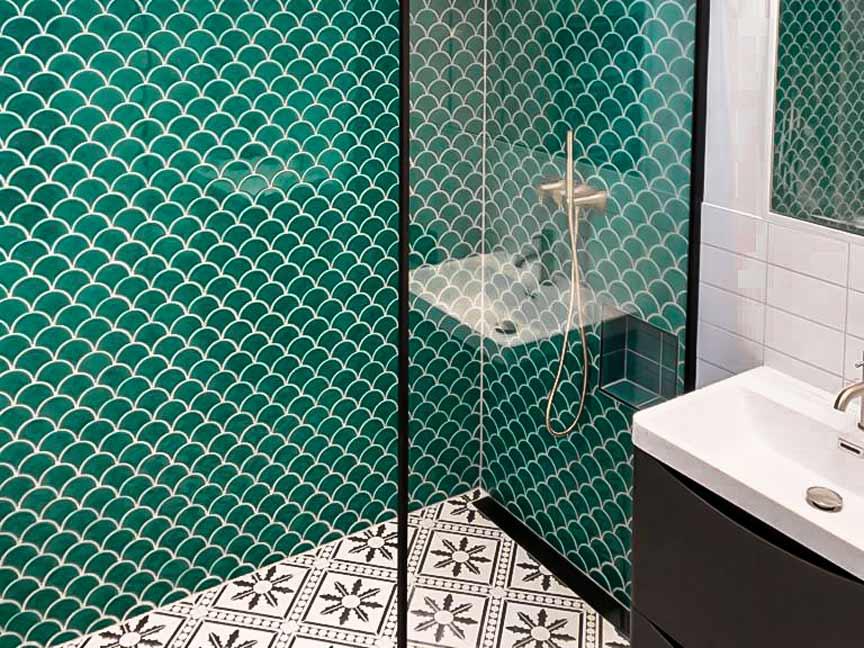 local floor tiling specialist tiler