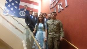 Semenčenko a senátor Robert Corkery (za ním vpravo) v IRI