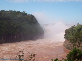 Iguazu river, lots of power!