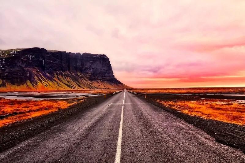 Island Sonnenuntergang Straße