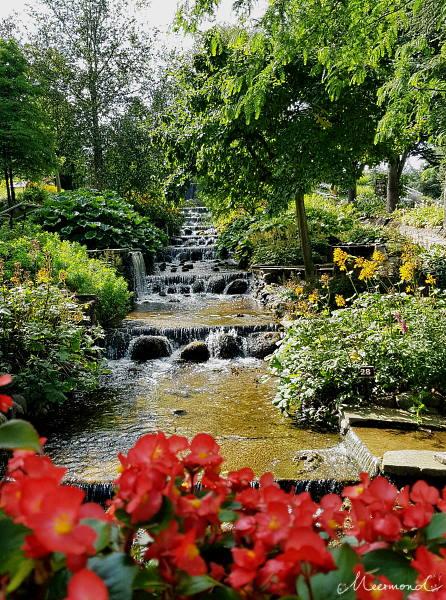 Wassertreppe im Blomsterpark