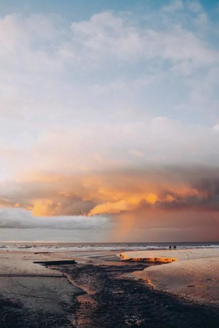 Sonnenuntergang am Vejers Strand in Westjütland