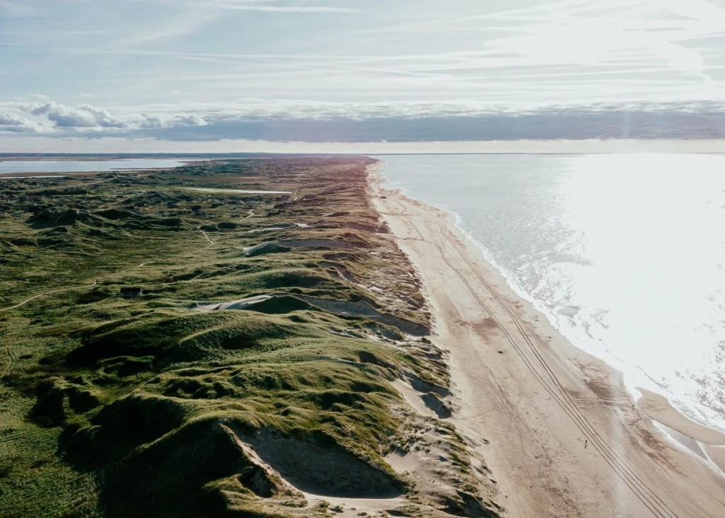Luftaufnahme bei Hvide Sande in Dänemark