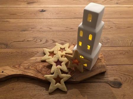 Suus bakt: Glas in lood koekjes voor het Kerstdiner