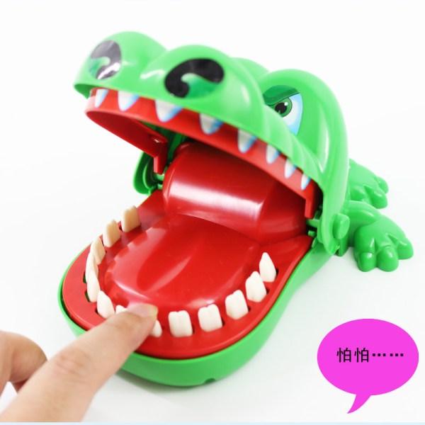 咬手指鱷魚