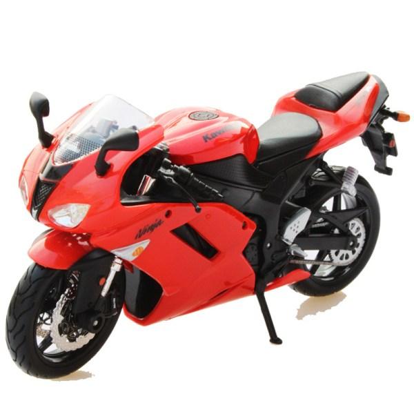 川崎忍者 ZX-6R 紅色電單車