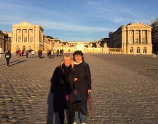 Personal-Paris-behind-Versailles