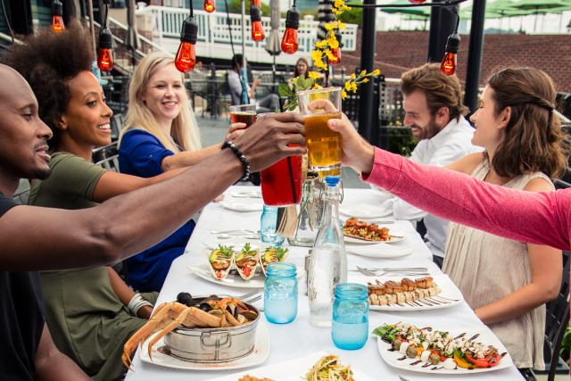 How to Infuse Local Flavor to Your Meeting Through Off-Site Dining Experiences