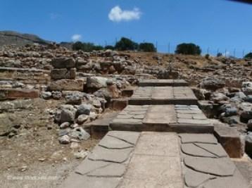In the Minoan Palace Kato Zakros