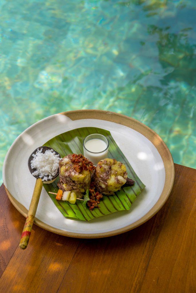 Vegan-Food-being-served-at-Jetwing-Ayurveda-Pavilions