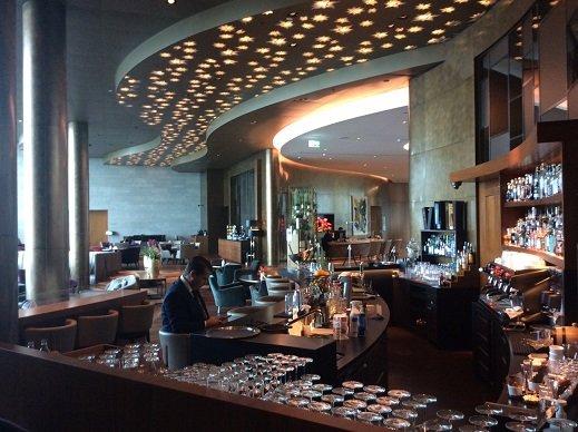 3-lobby.jpg