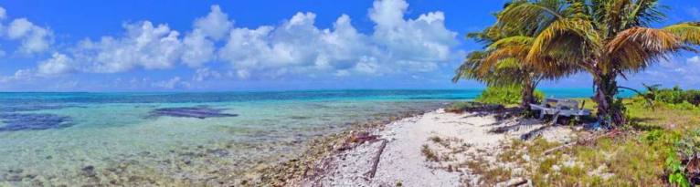 Should you Scuba dive great Blue Hole in Belize, Is it worth it? Images taken from my Scuba Diving trip In Belize and why you need to add this UNESCO site to your bucket list. Scuba Dive in Belize in Ambergris Caye, #GreatBlueHole #ScubaDive #Belize