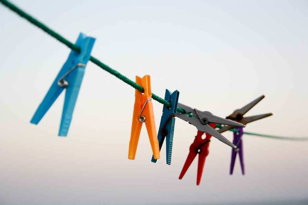 cothes-pegs-Photo-by-Félix-Prado-on-Unsplash-Optimsied