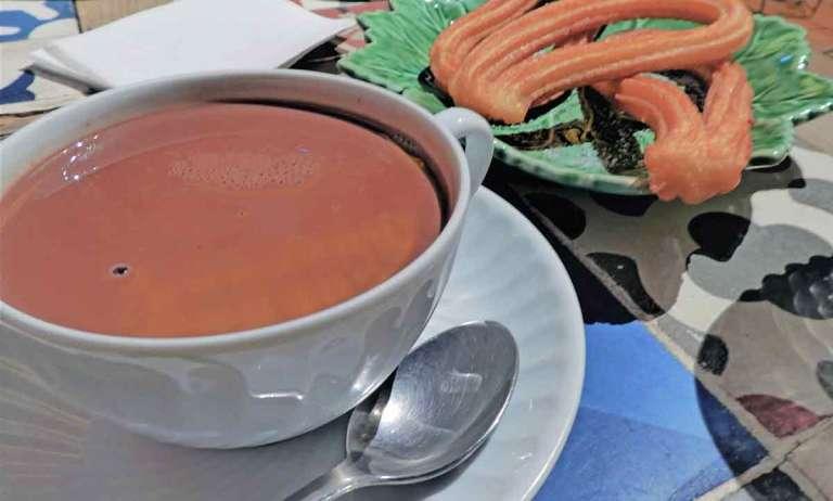 churros-y-chocolate-in-Madrid-Optimised