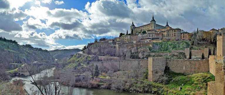 toledo-outside-panoramic-near-Madrid-Optimsied