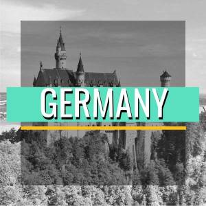 airytale Castles in Pictures, Pictures of Germany's Fairytale Castels to give you wonderlust. Stunning pictures o Germany's iconic Fairytale Castles. Castles that look like they are straight from a Disney Movie Set. #GermanyCastles #GemanCastles #BavarianCastles #FantasyCastles #FairytaleCasles #PicturesOfCastles #PicturesOfBeautifulCasltes #GermanRoadtrip #GermanyInPictures #BeatifulCasltesOfGermany #RoadtrippingEurope #EuroVenture #BackpackingEurope #BackpackBecki