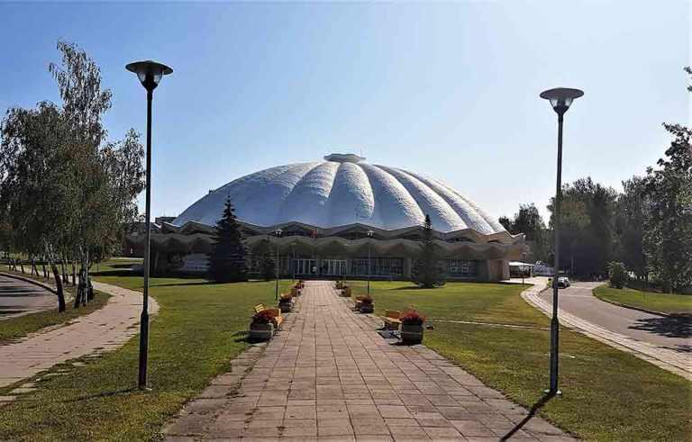 Visiting an Abandoned Amusement Park in Elektrenai, Lithuania 2