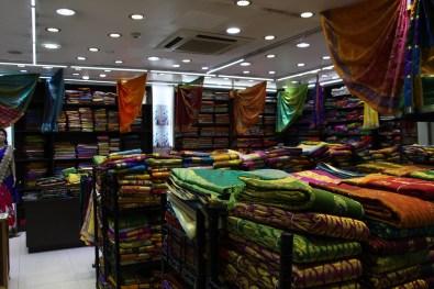 Little India: Sari shop