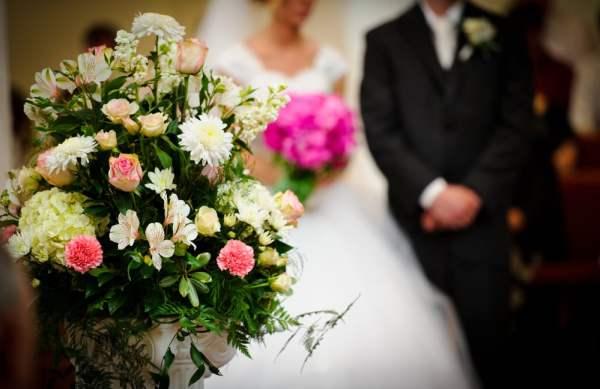 結婚式の写真がデータでもらえない!