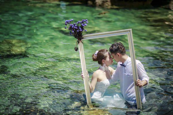 結婚式の写真の料金を安く抑えるポイント