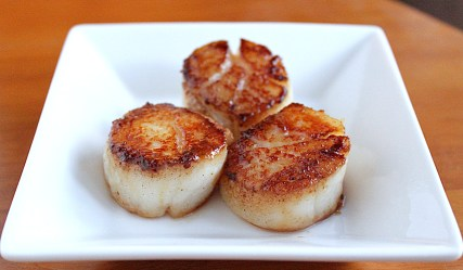 Ahhh scallops, one of my favorite foods. They are full of protein. Roughly 20grams of protein in only three ounces. So less will keep you fuller longer.