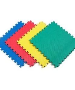 Tapete alfombra armable de 4 piezas diferentes colores sin diseño mega bahía