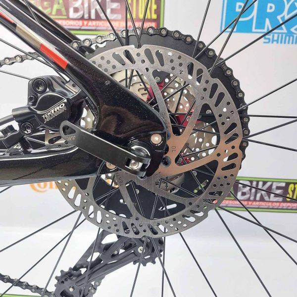 Bicicleta-guayaquil-mtb-montañera-talla-mega-bike-store-bike-shimano-twitter-storm-2.0-carbono-aro-29-negro-rojo.