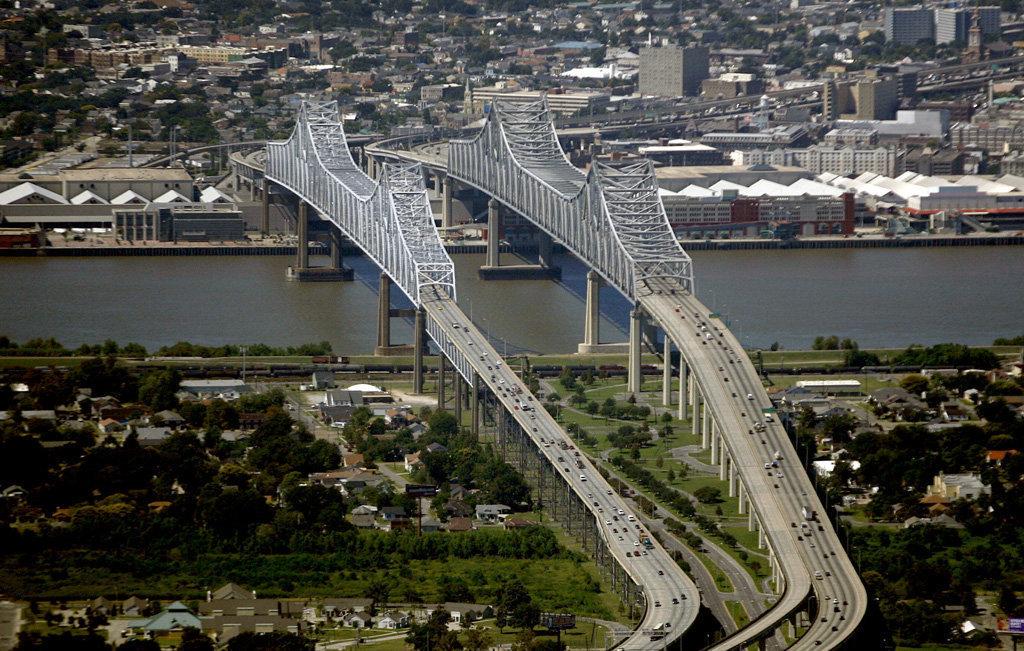 Crescent City Connection Megaconstrucciones Extreme