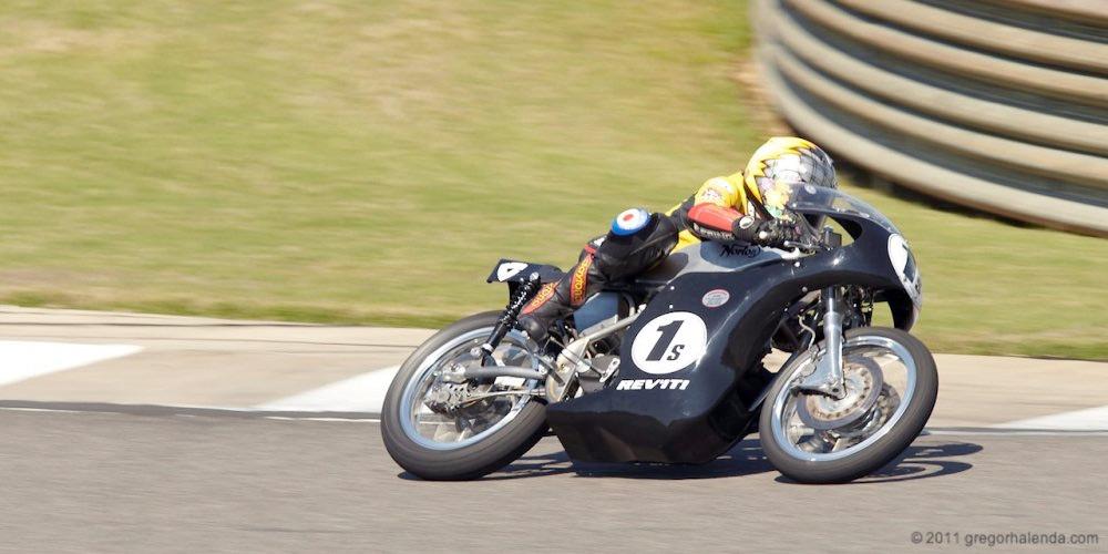 Seeley Norton :: Building A Vintage Racing Motorcycle (6)
