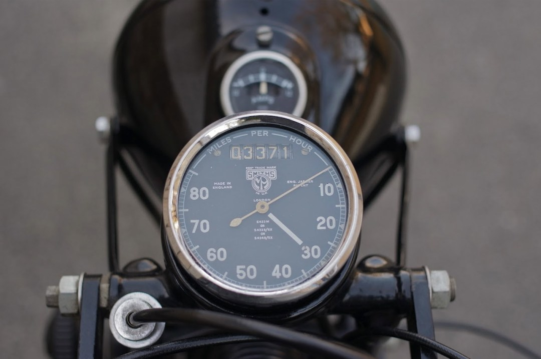 Ishigaki Manufacturing :: World's Most Out-Of-Date Motorcycle Factory (11)
