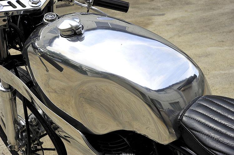 MOTO-CYCLE :: Yamaha SR400 under Kurumazaka (6)