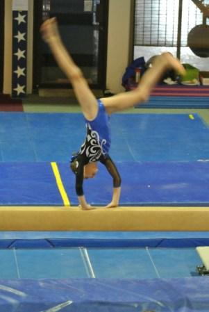 Judges' Cup 2011 Beam Cartwheel - Level 5