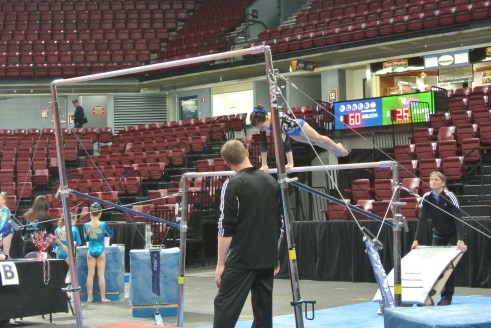Queen of Hearts Invitational Bars Cast - Level 6