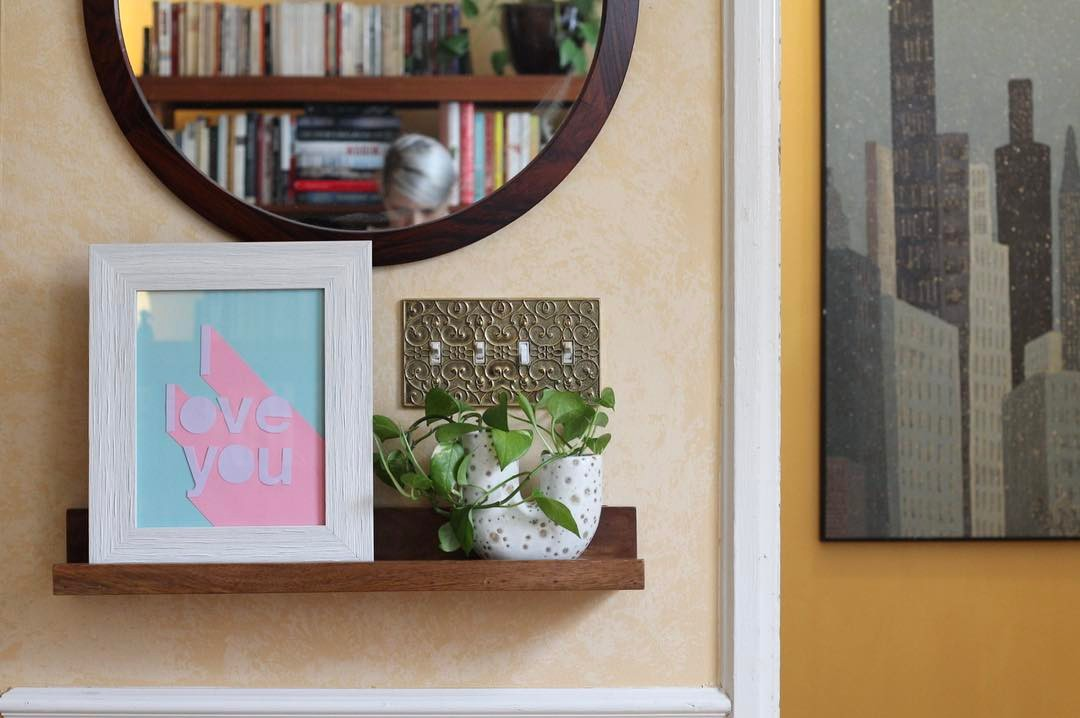 Entryway affection. 3D DIY Valentine art from my video on @hgtvhandmade 💖
