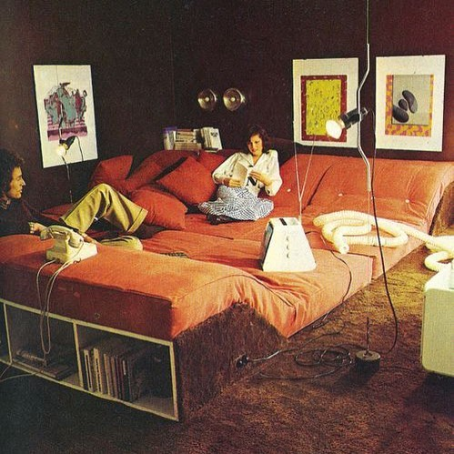 This wall-to-wall couch situation is insane and I'm going to need one now. 📷 The House Book by Terrance Conran, 1970's.