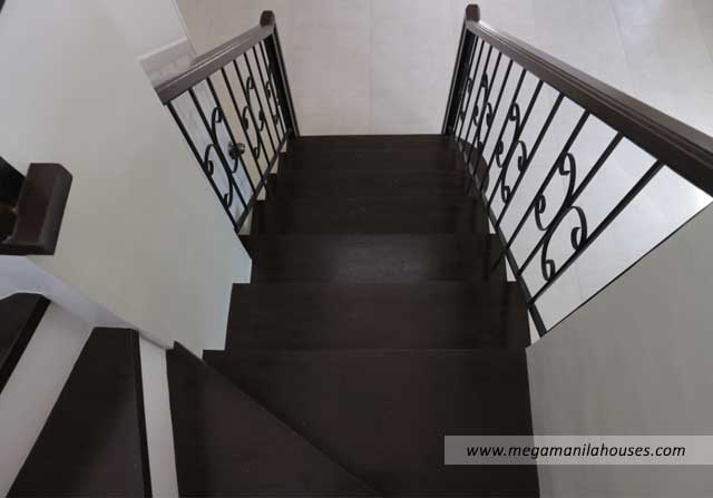 Designer Series 211 at Citta Italia - Luxury Homes For Sale in Citta Italia Bacoor Cavite Turnover Staircase