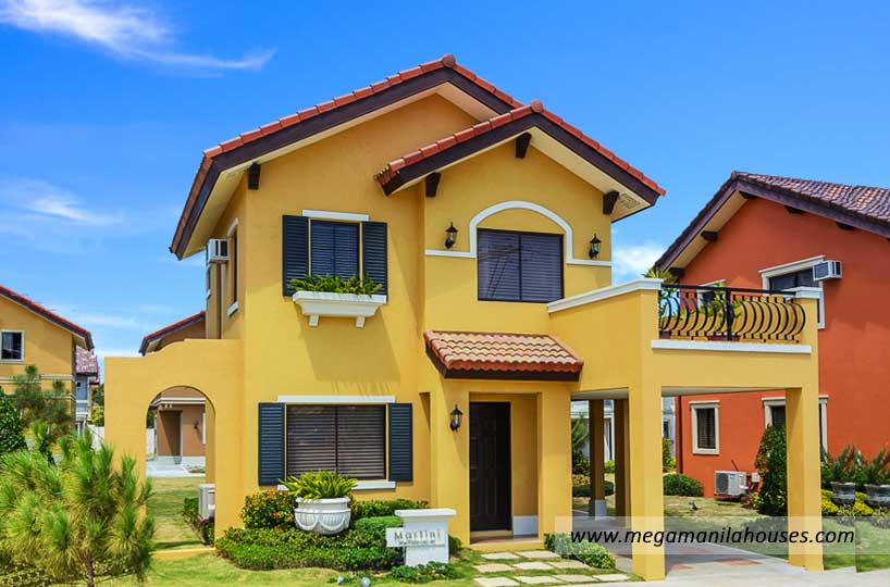 martini-at-valenza-luxury-homes-for-sale-in-valenza-santa-rosa-laguna-banner