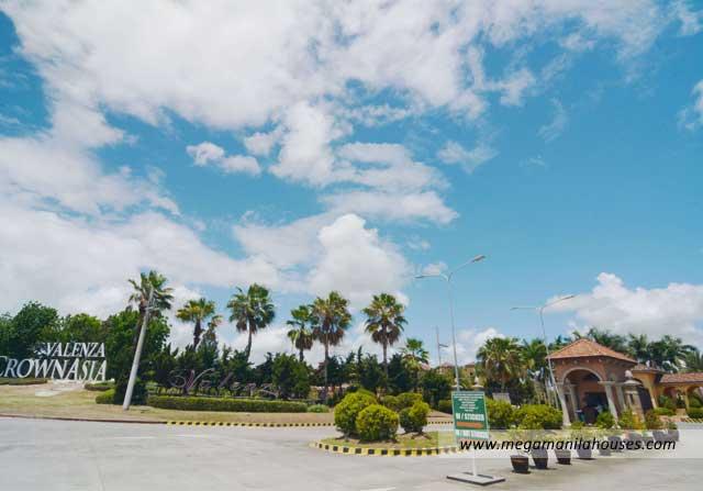Valenza - Luxury Homes For Sale in Santa Rosa Laguna Amenities Entrance Gate