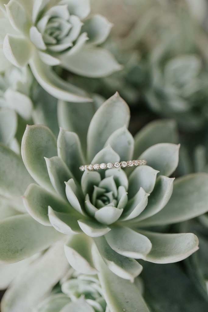 Megan Claire Photography | Northern California Wedding Photographer. Rose gold infinity band diamond wedding ring @meganclairephoto