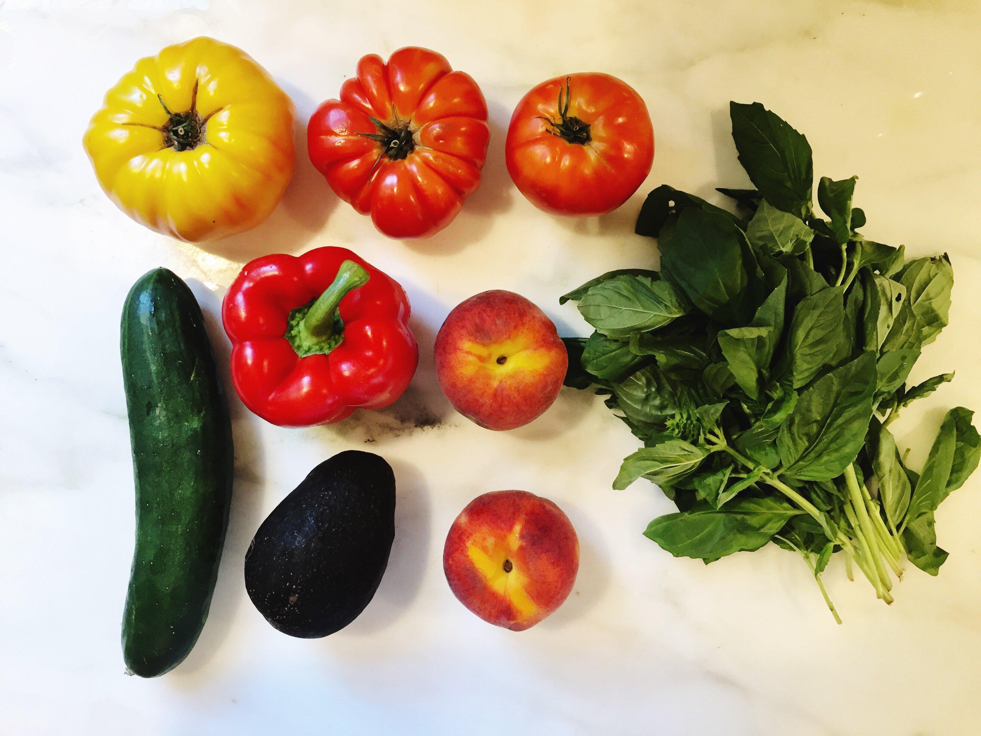 heirloom tomato salad ingredients