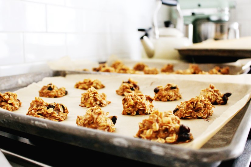sugar-free banana oatmeal cookies