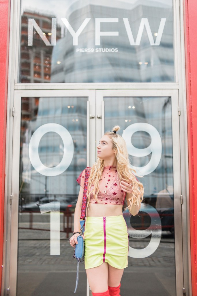 6 Striking NYFW Instagram Pose Ideas  In Front of the Iconic Pier 59 Studio | Best Time To Do a Photoshoot