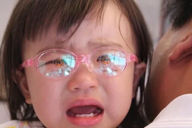 赤ちゃんのメガネ
