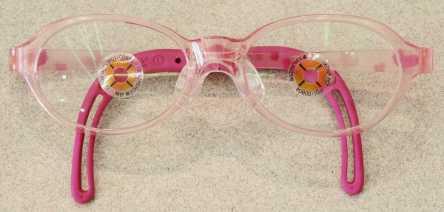 完成眼鏡概略 重量12.1g