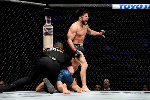 Power-punching Ngannou one of many at UFC 249 – live on SuperSport