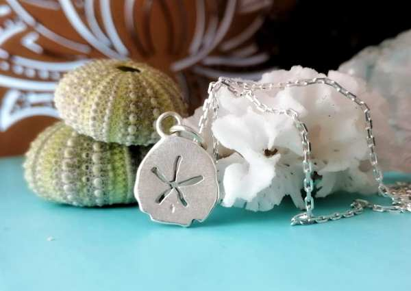 Sterling Silver Dainty Pansy Shell Necklace
